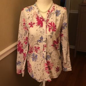 Old Navy floral 1/2 button down top